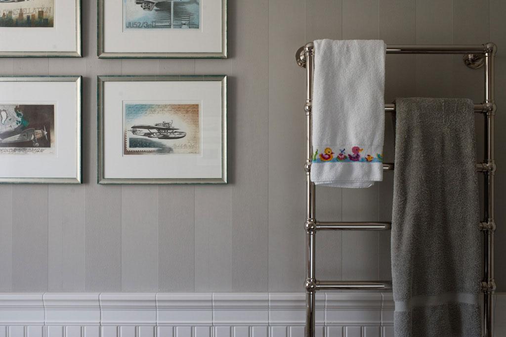 tapete kinderbad. Black Bedroom Furniture Sets. Home Design Ideas
